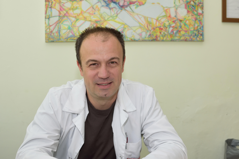 Д-р Грибнев